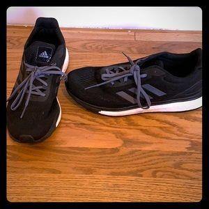 Adidas Black Boost Sneaker m9.5/w10.5
